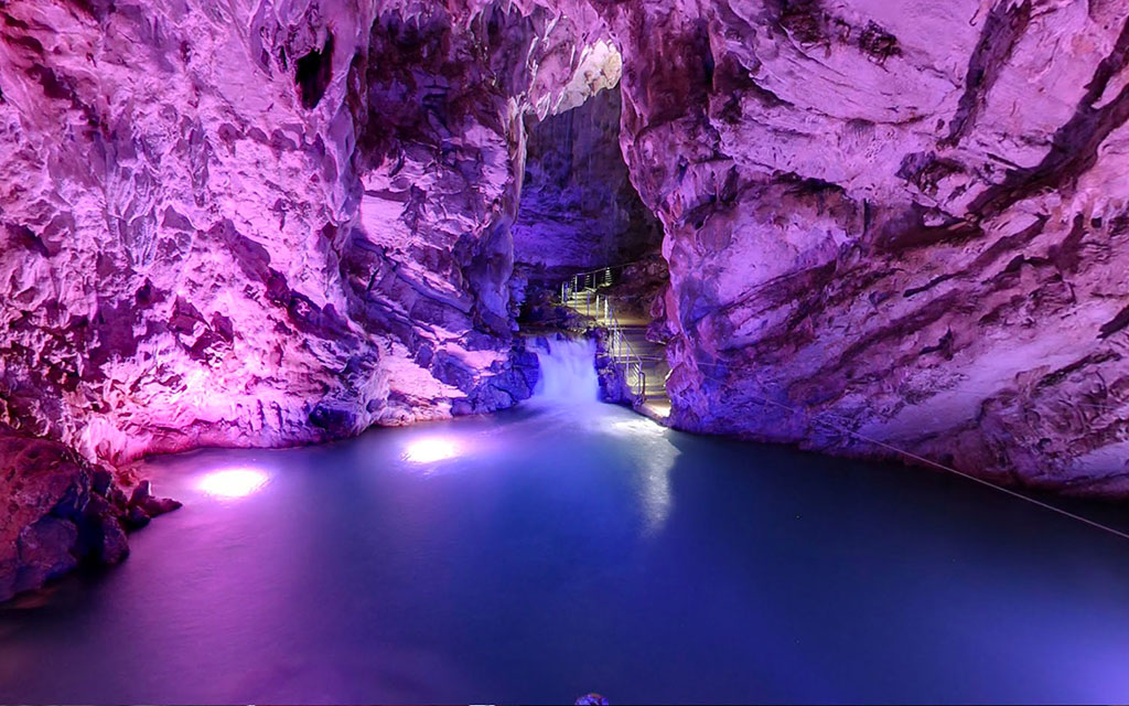 The caves of Perth-Auletta